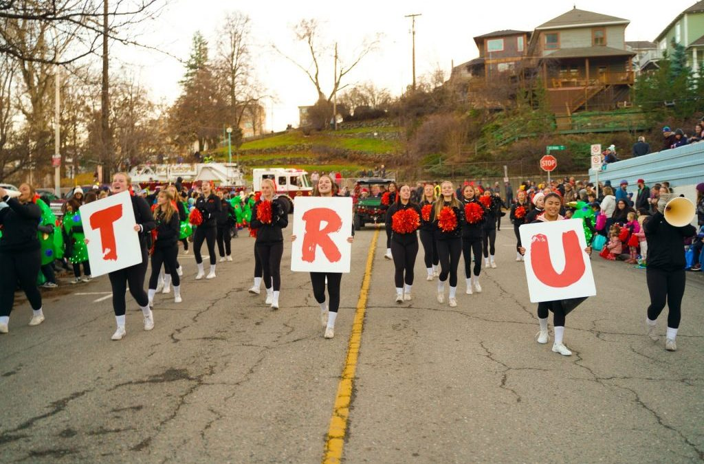 Recap of the 39th Annual Santa Parade